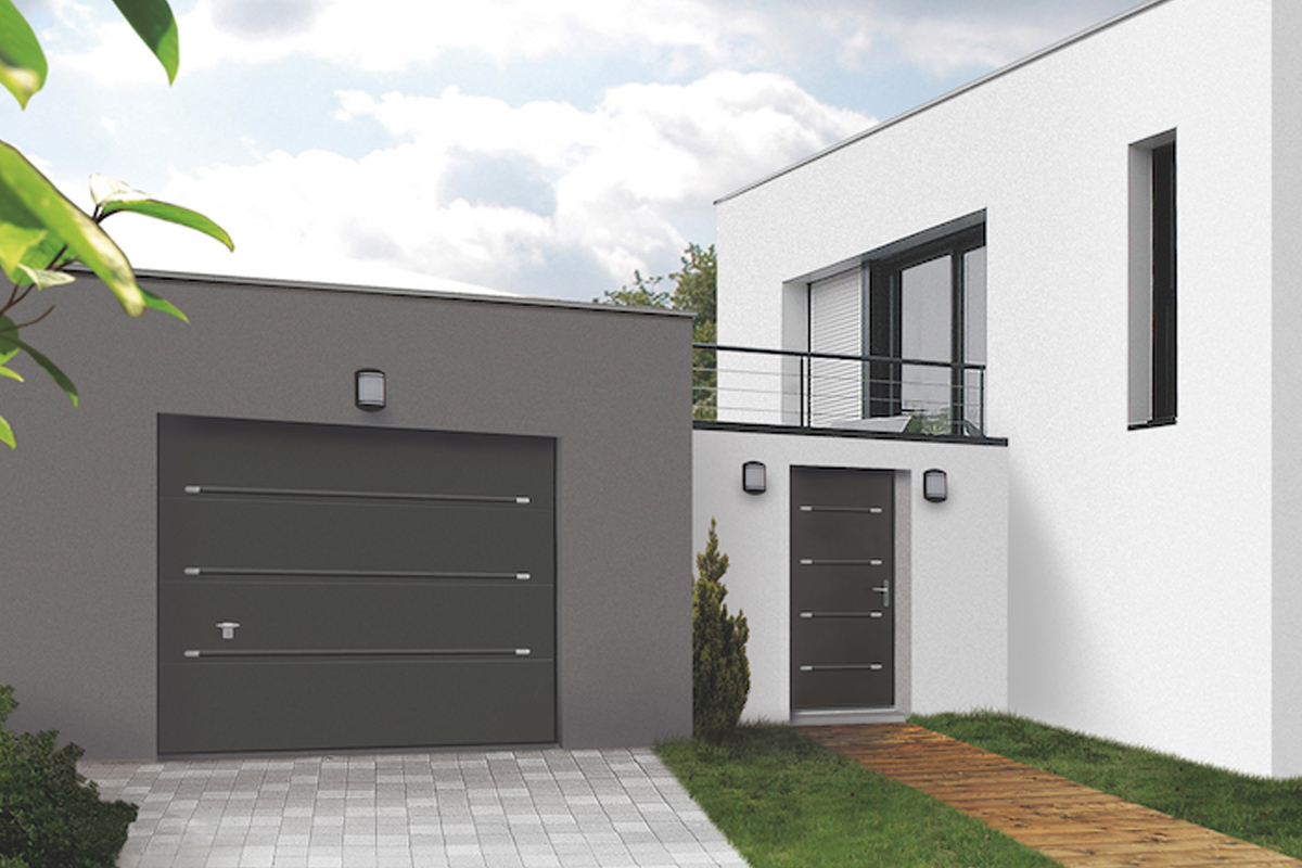 Portes de garage nice porte sectionnelle lat rale for Porte de garage nice